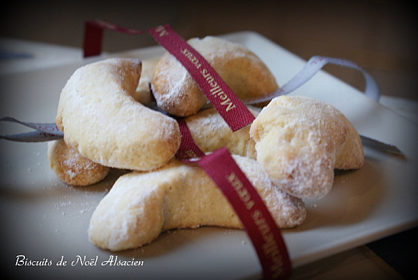 christollen et petits biscuits de no l biscuit noel allemand recette. Black Bedroom Furniture Sets. Home Design Ideas